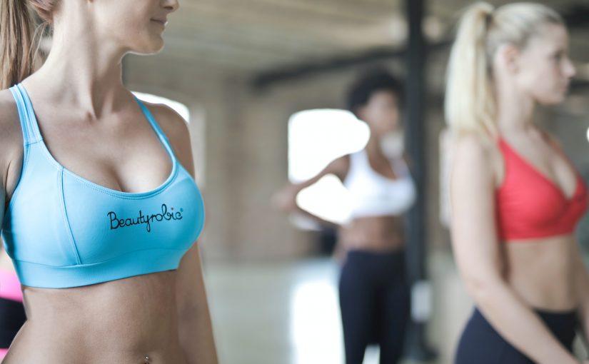 Senos perfectos: dieta, consejos y masajes para tener un tónico mamario